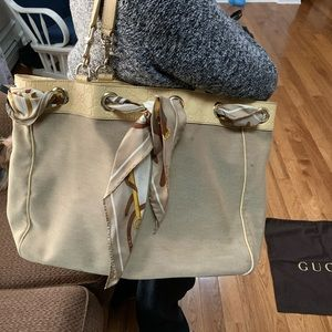 Gucci handbag tote. 100% Authentic